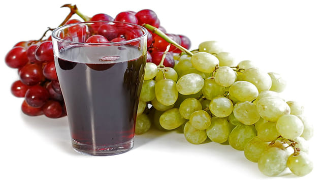 can you juice grapes