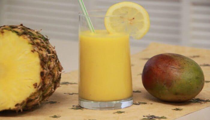 Mango And Pineapple Smoothie